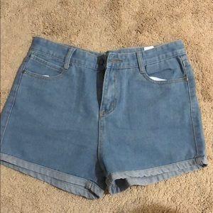 Denim High waist shorts! 🔥🔥
